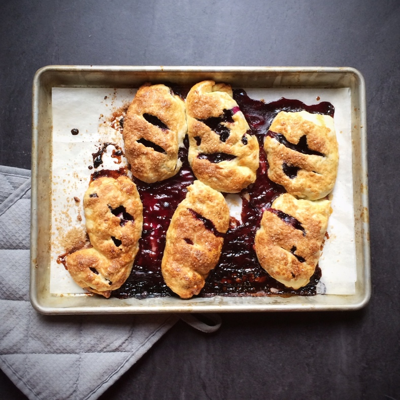 blueberry handpies